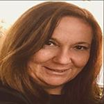 Lydia Masanet, Enhebradas, Publicar libros, Editorial