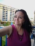 María Aguilar autora de Cuerdas desde el cielo. Editorial Adarve. Publicar un libro