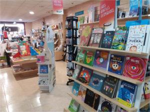 Interior de la librería infantil